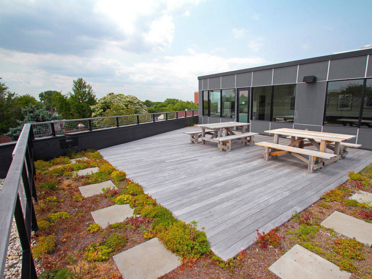 H_Dwell_E_Green Roof